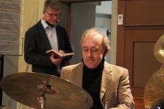 Pfr. Andreas Brändle (Text) und Carlo Lorenzi (Drums)