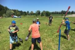 Bei Jungs und Väter beliebt: Kämpfen mit Speer und Kugel